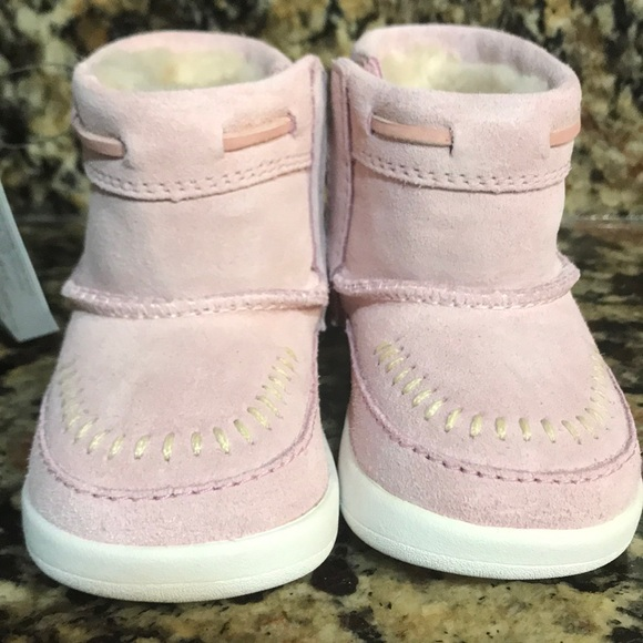 194ae61854c UGG Baby Pink Cali Moc Campfire Boot Sz 2/3 6-12mo NWT